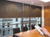 Рулонные шторы с электроприводом - фото 2